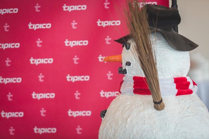 Tipico Backdrop